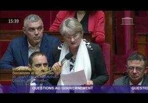 Marie-Noelle Battistel rappelle les mesures socialistes pour sortir de la crise